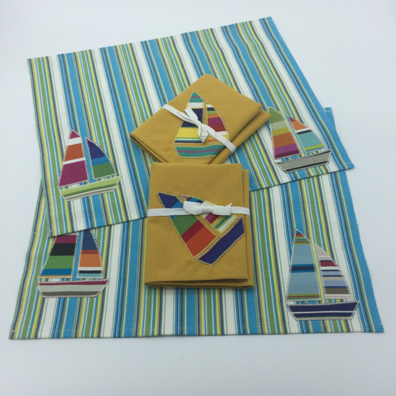Blue and green striped placemats boat applique
